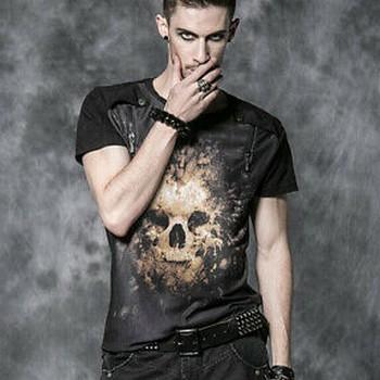 T-shirt gothique