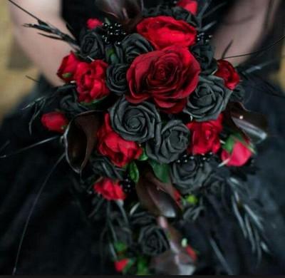 Mariage Gothique Et Robe De Mariee L Antre De Syria