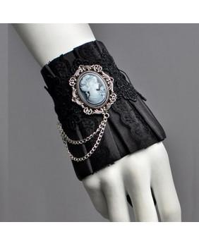 Bracelet goth camé victorien