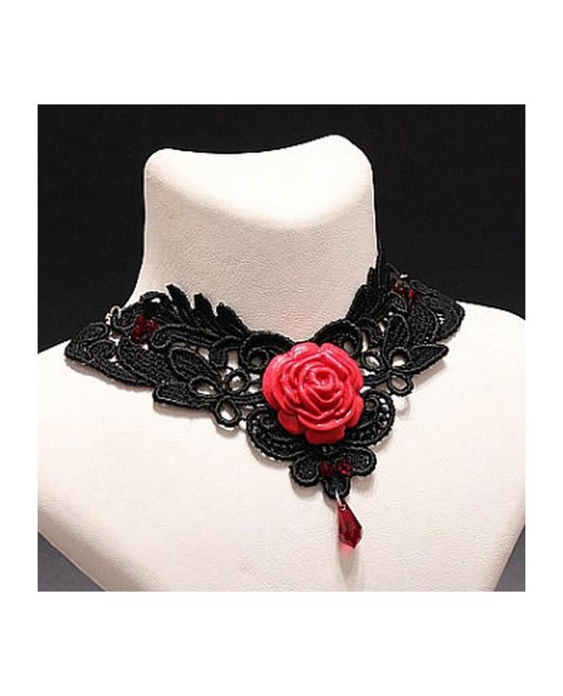 Collier gothique rose rouge