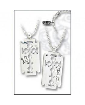 Pendentif Crucifix razor