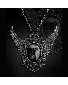 Pendentif gothique Corbeau