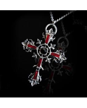 Croix gothique en étain