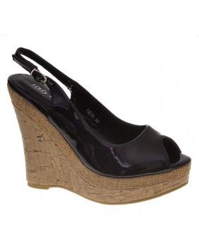 sandales Vintages rétro vernies noires à talons hauts