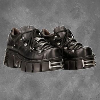 Chaussure Gothique